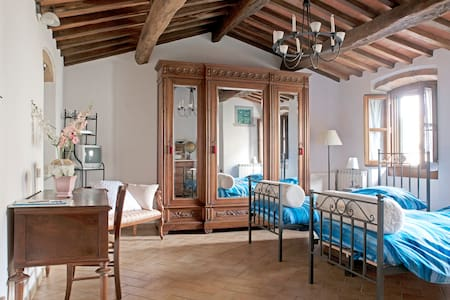 B&B Mamma Serena House in Muge - Vicchio - Bed & Breakfast - 1