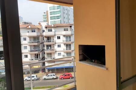 Apto na avenida de PIRATUBA, próximo ao balneário