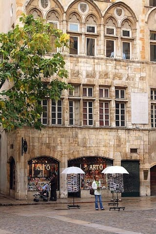 Flat in the heart of Vieux-Lyon