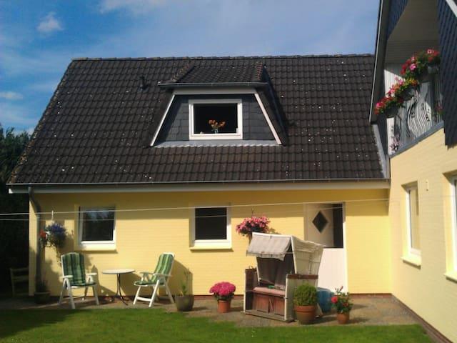 Ferienwohnung Ausruhen in Dorflage - Risum-Lindholm - Apartmen