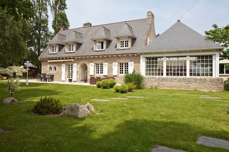 Beautiful house in coast of Emeraud - Saint-Lormel - Haus