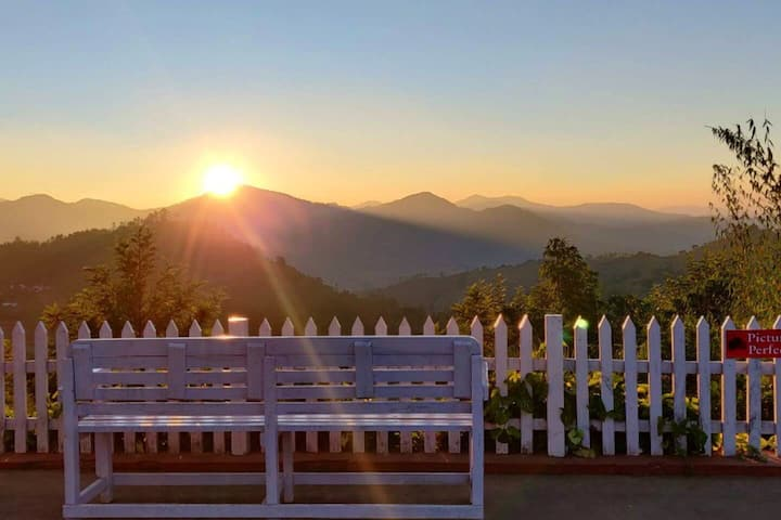 Treksome - Maryland Hill-view Resort