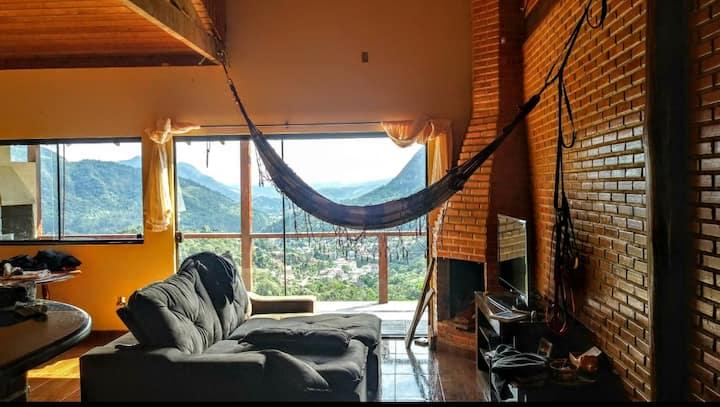 Casa na Montanha lareira Caledônia  Nova Friburgo