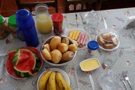 Suíte linda completa / bed&breakfast Casa de Maria