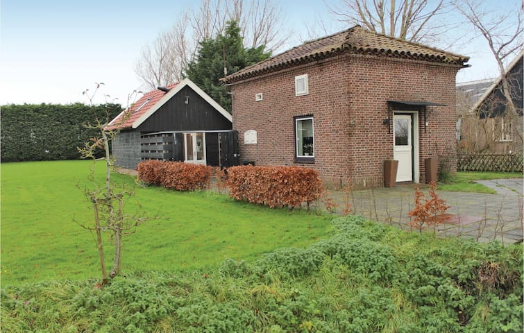 Holiday cottage with 2 bedrooms on 55 m² in Winkel