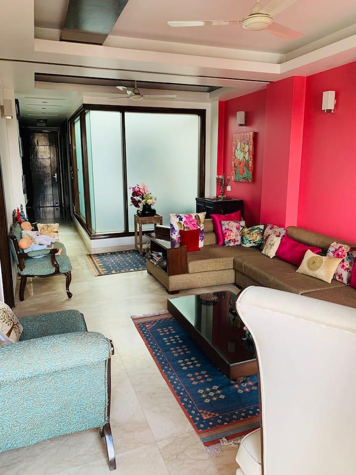 Luxurious room in a fancy house in South Delhi