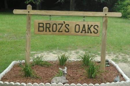 Broz's Oaks
