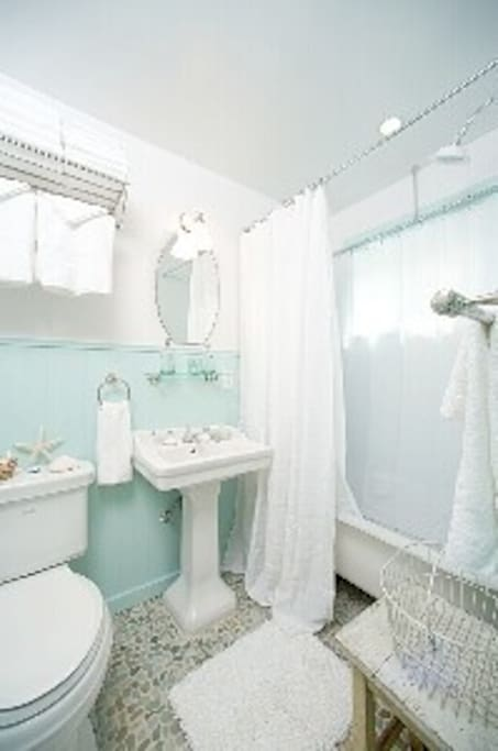 clawfoot tub and shower