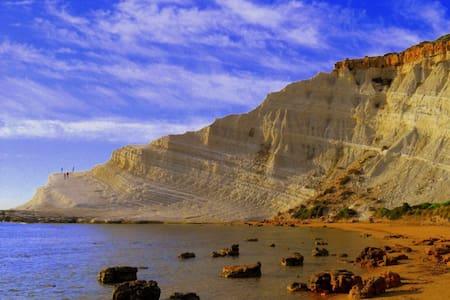 Tra i tesori della Sicilia  - Secca Grande