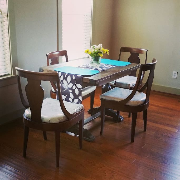 Large, Open Living/Dining Area
