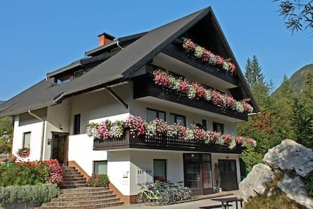 LAKE BOHINJ-MAVRICA-Trig Nat Park-4pers.2 bedrooms