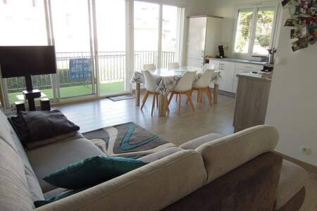 Bel appartement sur le front de mer.
