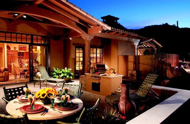 THE ROCKS CLUB - Scottsdale - Casa