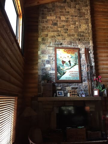 Holiday Luxury Cabin Retreat! - Springville - Zomerhuis/Cottage