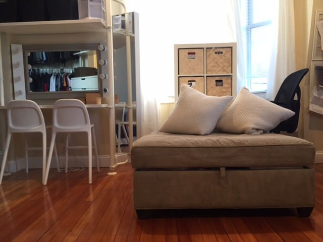 Multipurpose 1bd with Public transportation - Boston - Apartemen