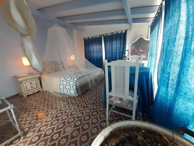 Villa entorno tranquilo. CUMPLE PAELLA REUNIONES..