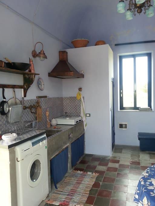 Bilocale cucina / Two-room apt Kitchen