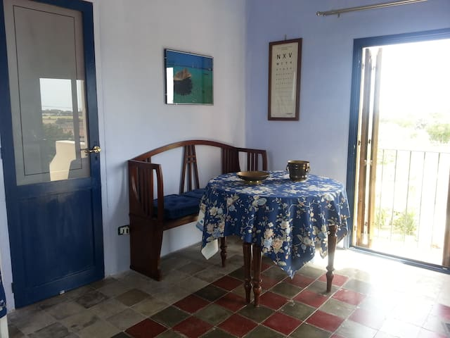 two-rooms apartment  in Favignana
