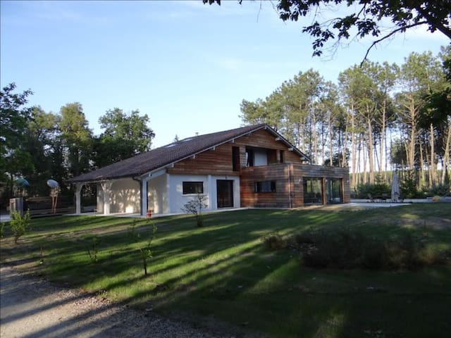 Bedrooms in a house near the ocean - Vielle-Saint-Girons - House