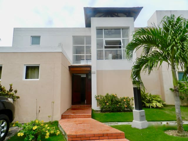 Townhouse Decameron Playa Blanca Panama - Cocle - Hus