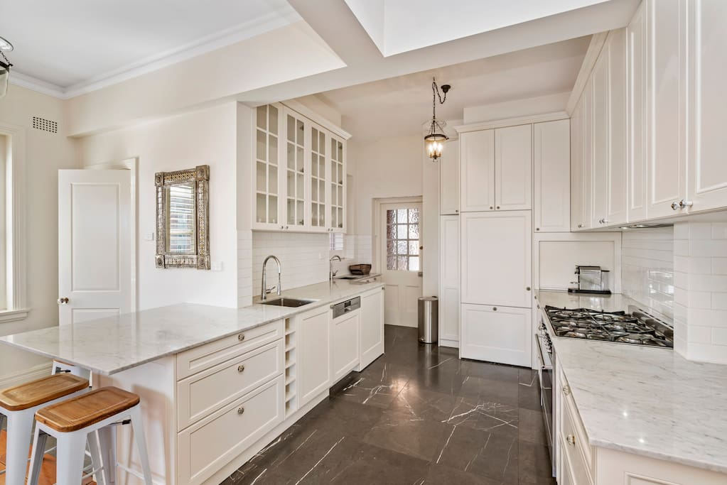 Spacious Full Equipped Kitchen
