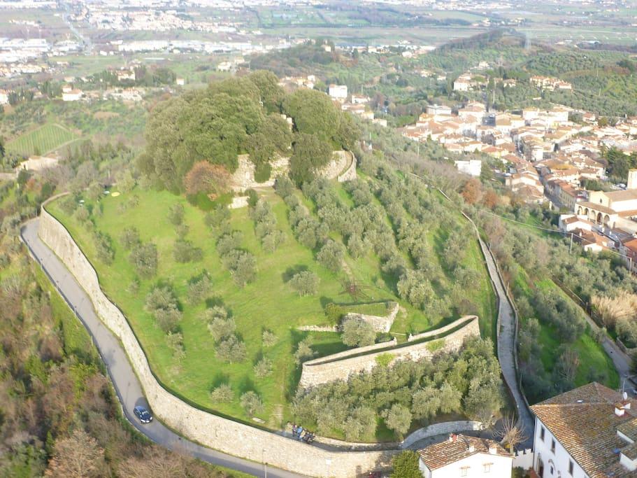 La Rocca and Carmignano