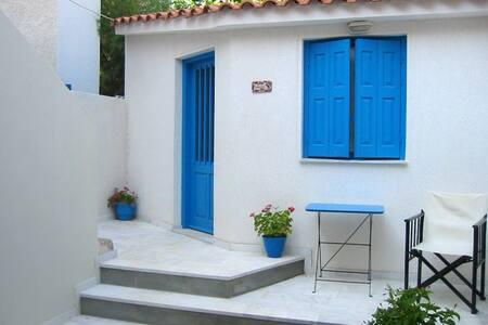 Wonderful Studio in Skala Eresos!