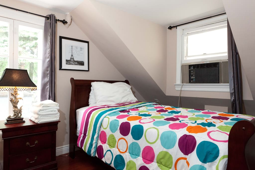 3 Bedrooms 5 Beds 10 Min From Nyc Apartments For Rent In