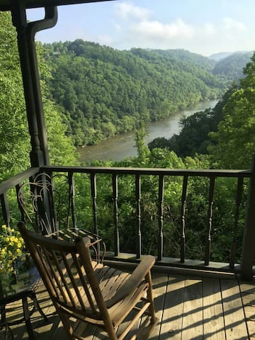 Scenic mountain cabin - Marshall