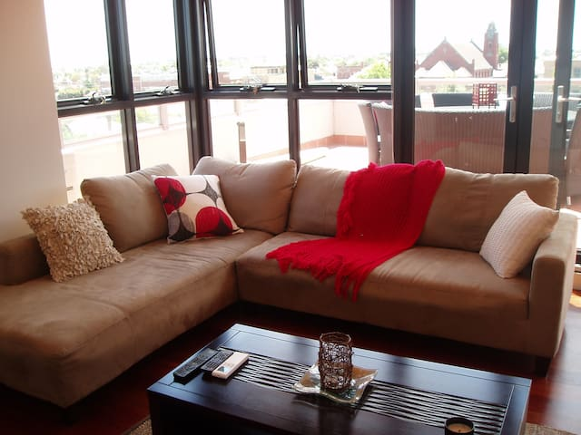 Gorgeous sunfilled rooftop apt - Yarraville - Wohnung