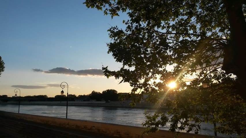 T3 with a view of the river - Arlés - Apto. en complejo residencial