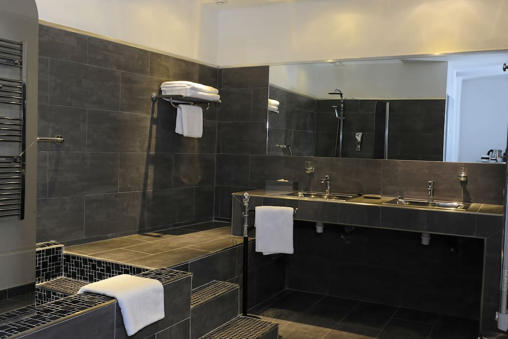 Salle de bain Art Gallery