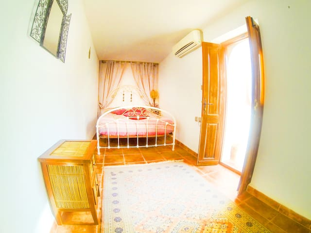 La Vida Surf - Dar Shajara Double Room