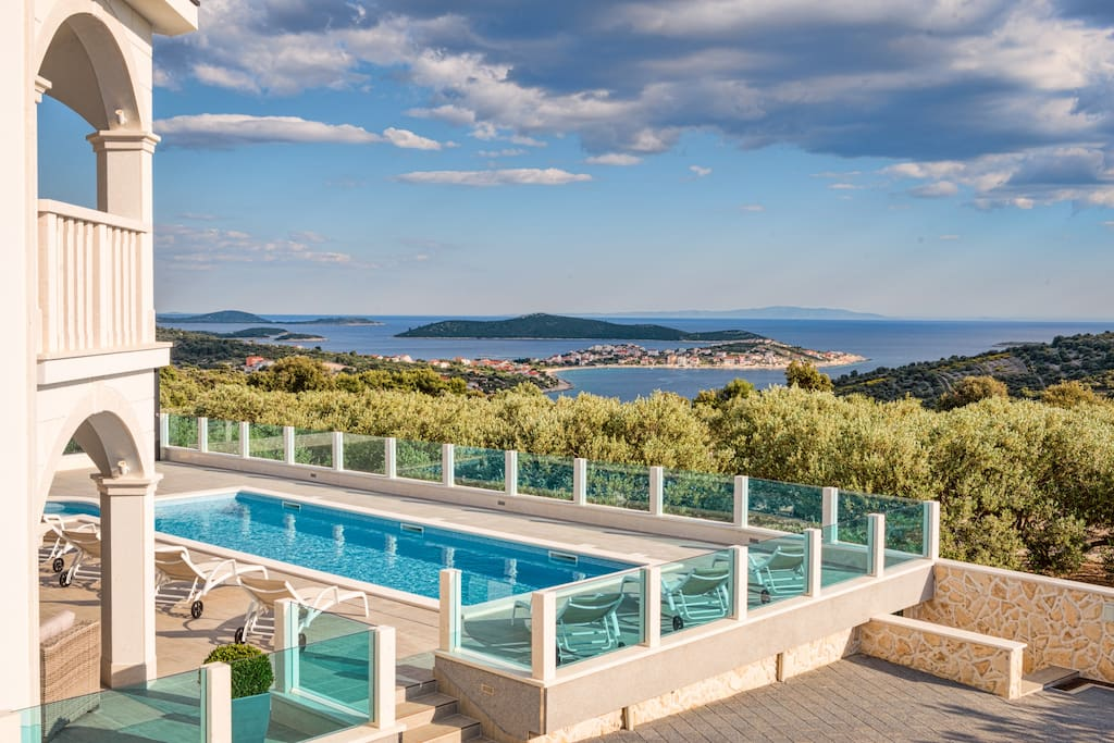 Splendid Sea Veiw Villa