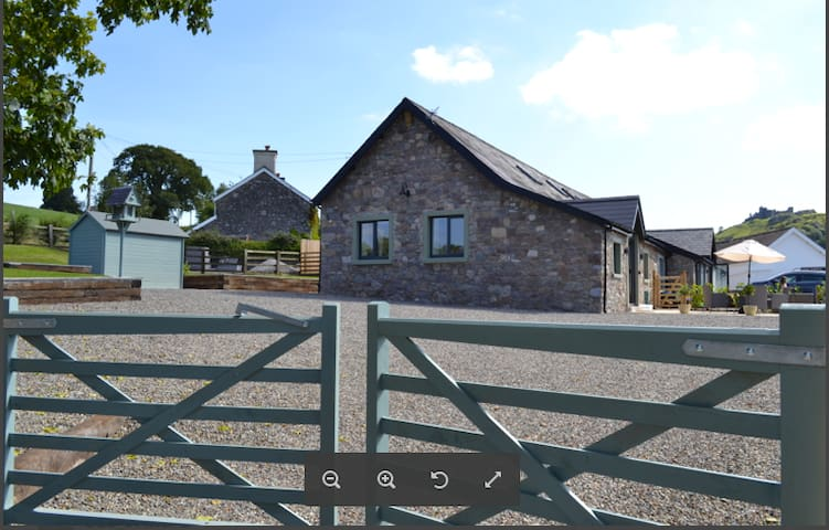 Tyisaf - two bedroomed cottage - Llandeilo - House