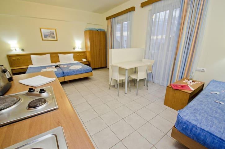 Seaview Studio for 3  Pefki-Rhodes - Rhodes  - Apartamento
