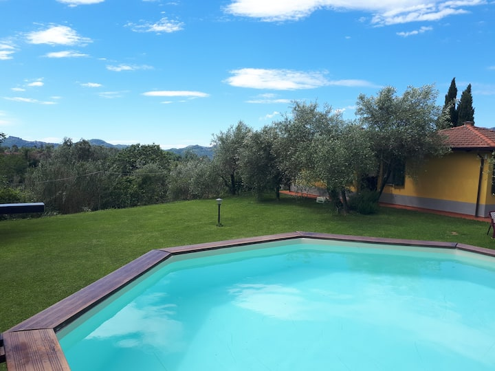 Residence Montebello , Monolocale con piscina