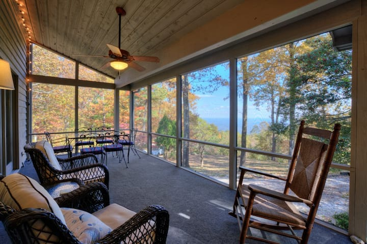 Mountain Music  NEW Family Game Room! Close to it all with amazing view