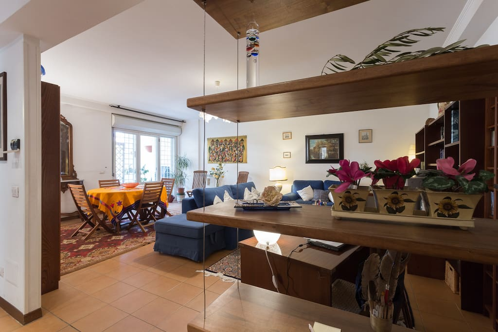 Single Room Apartment In Rome Italy
