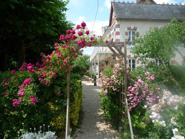 LES SABLONS - Saint-Romain-sur-Cher - วิลล่า