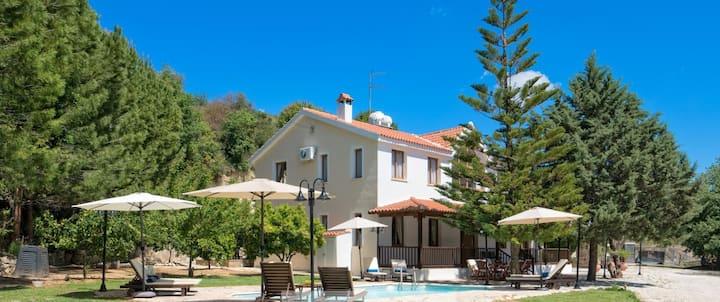 The ideal hideaway Ayios Sozontas Villa