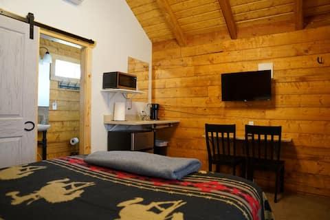 Cozy Cabin 6