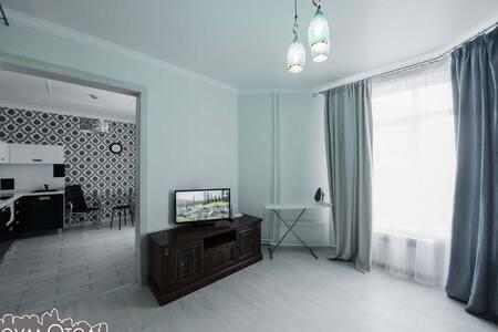 Однокомнатная квартира, Чкалова 51 - Оренбург - Квартира