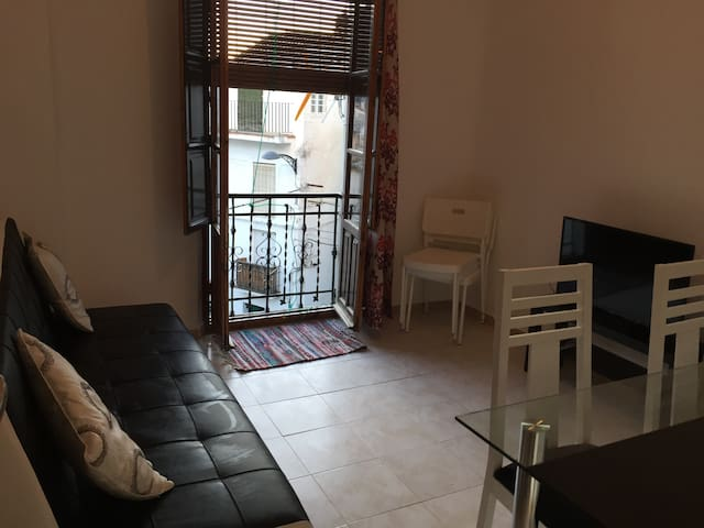 Quaint 3 room flat in the heart of Guejar Sierra - Güejar Sierra - Flat