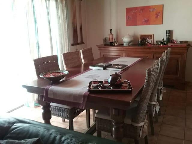 Chambre calme dans maison privée - Saint-Michel-de-Maurienne - Hus