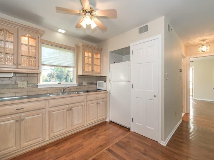single-level apartment in Horsham-Philadelphia