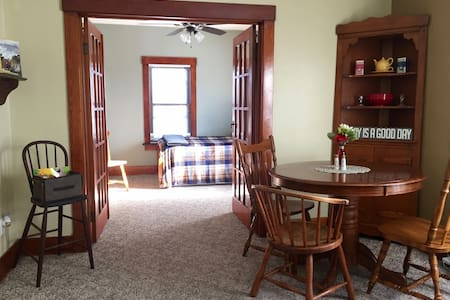 Suite Spruce-Practically perfect in every way! :) - Eau Claire