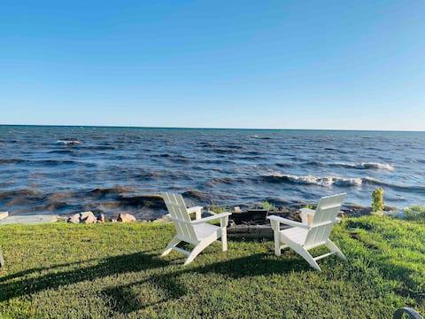 Great Fall Getaway on Lake Ontario