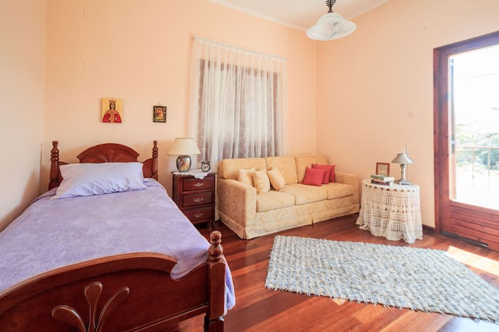 Eva's cozy home for relaxing vacations - Kissamos - Hus