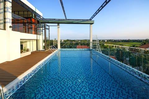 Luxury Room Balcony ,Free Bicycles &Pool